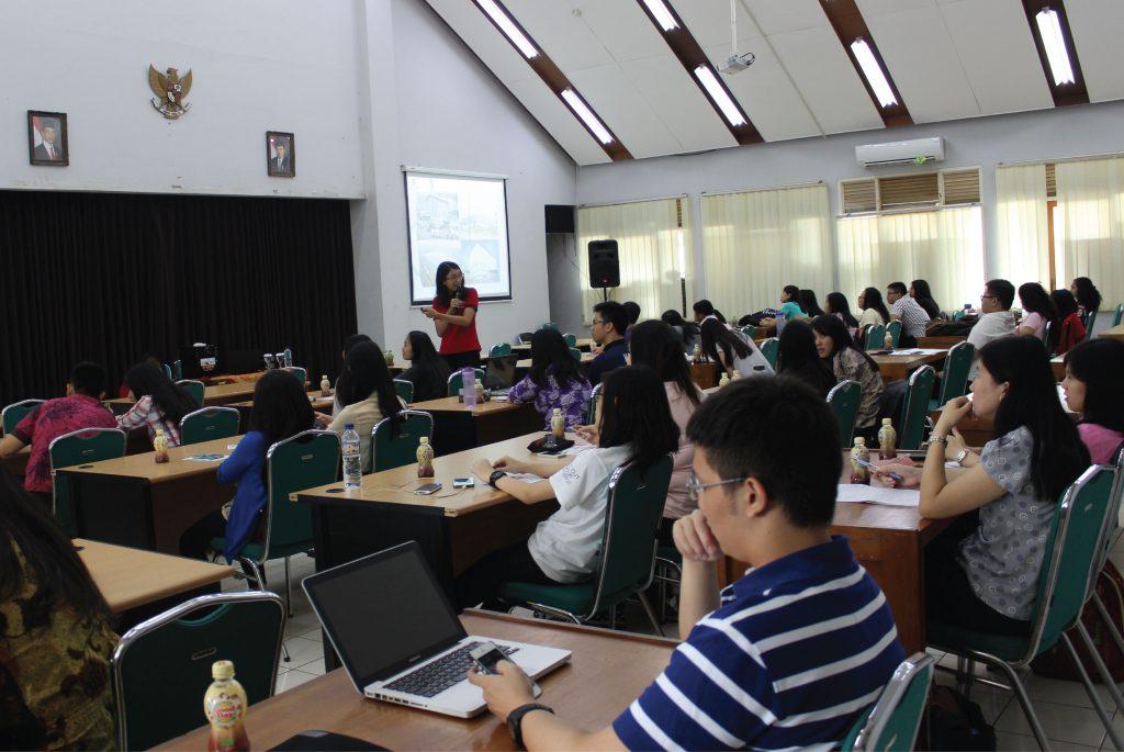 campus talk, santos-01